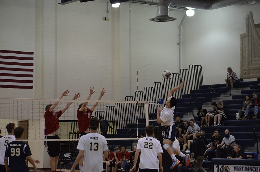 West Ranch Boys' Varsity Volleyball Defeats Hart