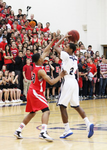 Wildcats Prevail in Close Game