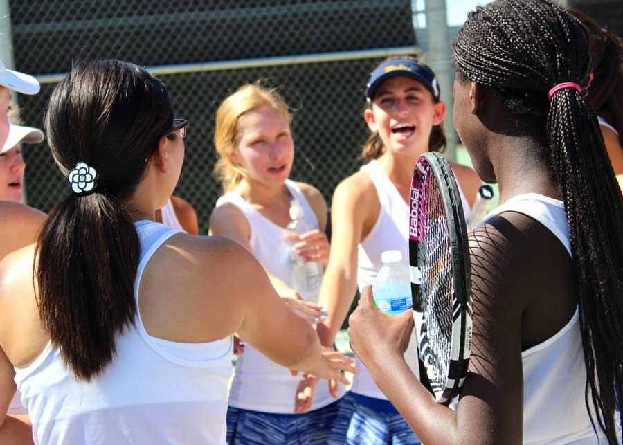 Girls Varsity Tennis Off To A Great Start