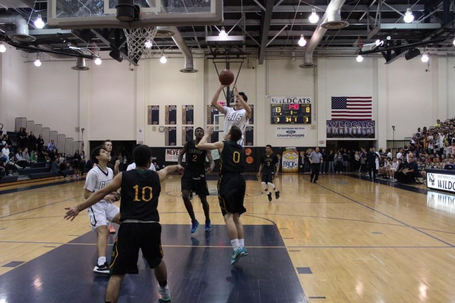Boys' Basketball falls to Canyon 50-63