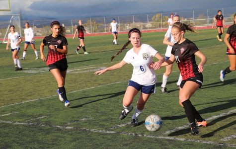 Girls' Soccer Falls to Hart in close Matchup