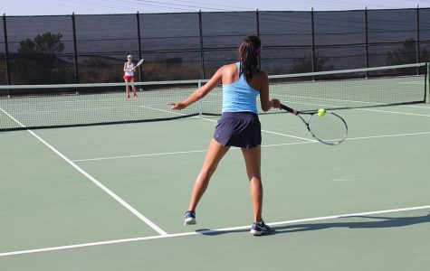 Girls Tennis Defeats Hart
