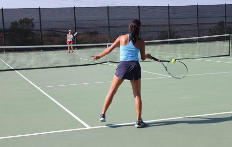 Girls Tennis Defeats Hart