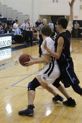 Boy's Varsity Basketball Falls to Saugus