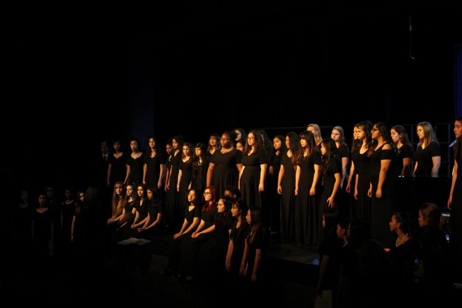 Choir Takes West Ranch Back to the Renaissance