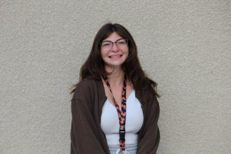 Photo of Lauren Guss
